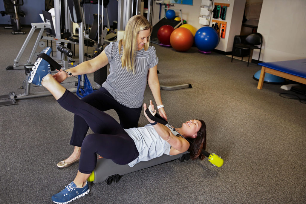 Atlanta-Sport-and-Spine-Physical-Therapy-fitness-pilates-leg-extension-1