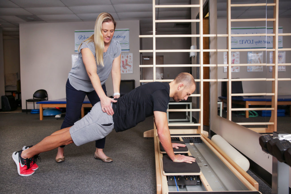 Atlanta-Sport-and-Spine-Physical-Therapy-pilates-assistance-1